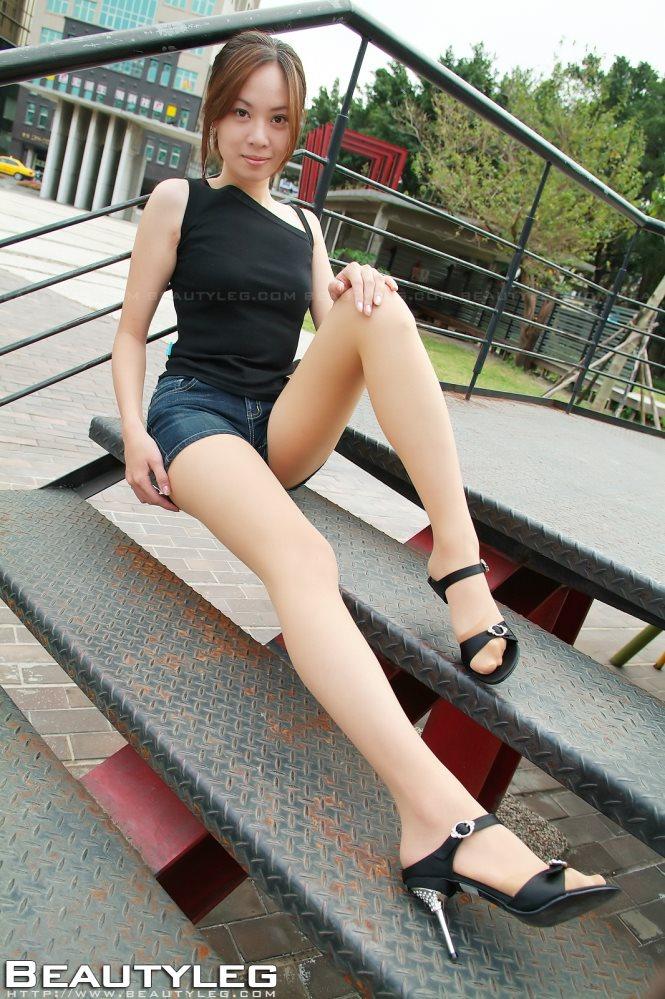 [Beautyleg腿模] No.045 绝美少女孟瑶