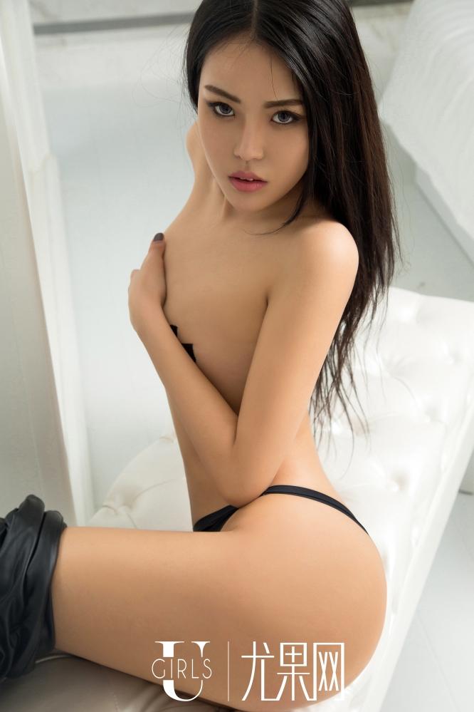 [尤果网] U251 女神明娜皮裤丁字裤秀出惹火身材