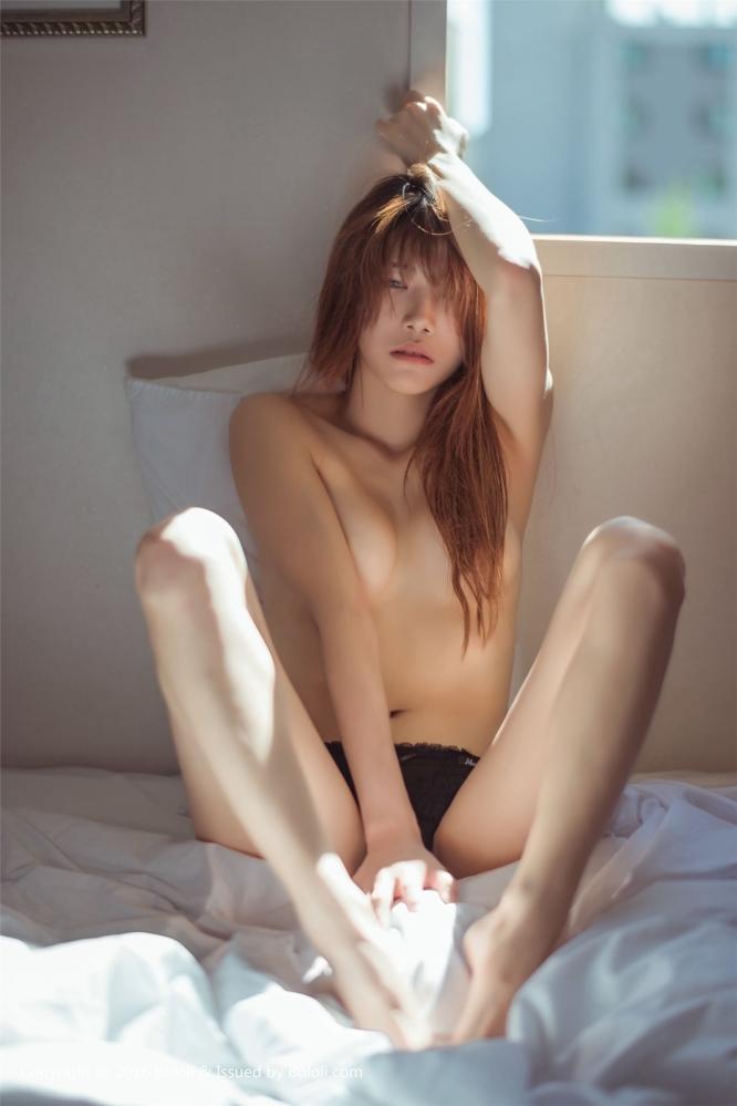 极品女神kbora全裸出镜秀增一分嫌胖减一分嫌瘦的完美身材