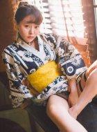 柳侑绮演绎日本少妇如同贵妃出浴般娇慵诱人的绝世风姿迷倒众生