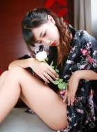清新妹子徐畅和徐畅诱惑写真展示翘臀长腿好迷人