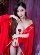 时尚女王邹晶晶古装照 那一抹最为浓烈的中国红好美
