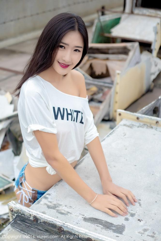 时尚辣妹子周琰琳LIN暴露写真 一言一动最非常帅气迷人