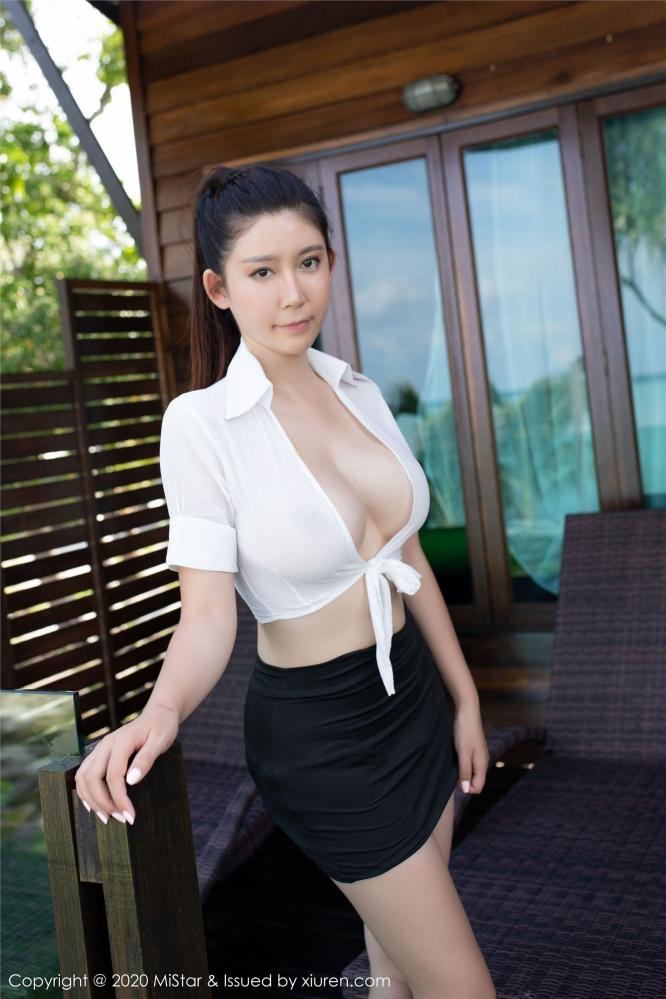 美女OL那挺翘的丰臀在短裙下更显翘美